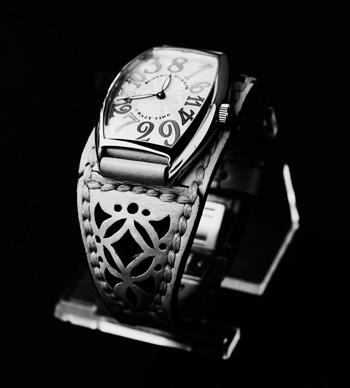 LEATHER-TUNA--1020-watch-belt2.jpg