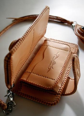 LEATHER-TUNA-0702+0703-custom-wallet3.jpg