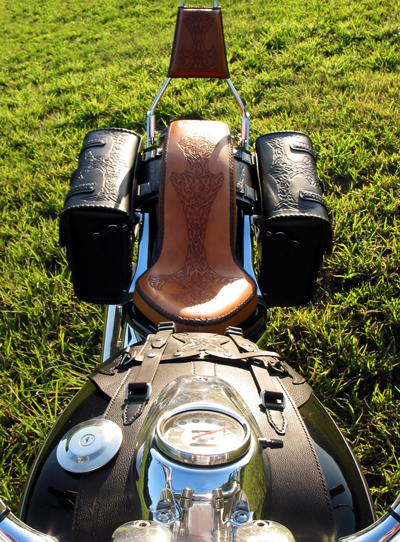 LEATHER-TUNA-0726-bike-seat.jpg