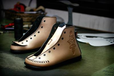 LEATHER-TUNA-1103-custom-shoes.jpg