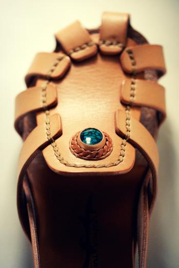 LEATHER-TUNA-1109-sandal1.jpg