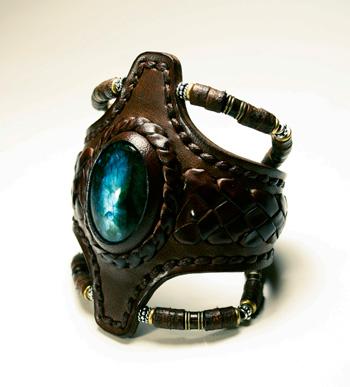 LEATHER-TUNA-1117-bracelet3.jpg