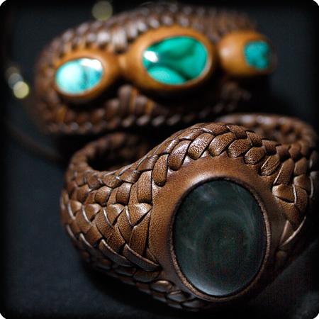 LEATHER-TUNA-1201-bracelet.jpg
