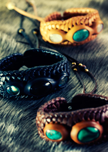 LEATHER-TUNA-1202-bracelet4.jpg