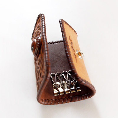 LEATHER-TUNA-1207-keycase-custom_2.jpg