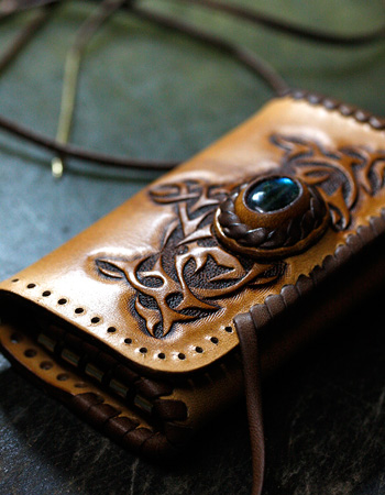 LEATHER-TUNA-1207-keycase2.jpg