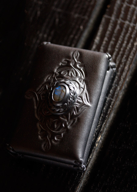 LEATHER-TUNA-1210-card-case1.jpg