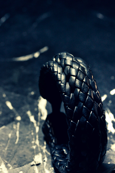LEATHER-TUNA-1404-bracelet4.jpg