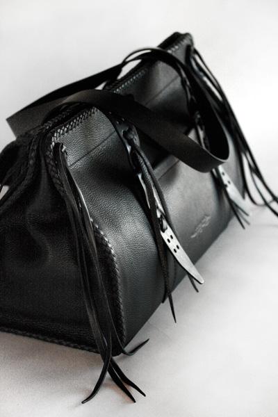 LEATHER-TUNA-1408-travel-bag4.jpg
