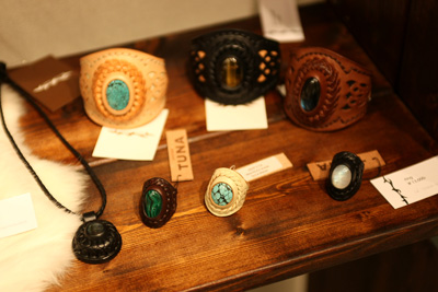 LEATHER-TUNA-2010-exhibition5.jpg