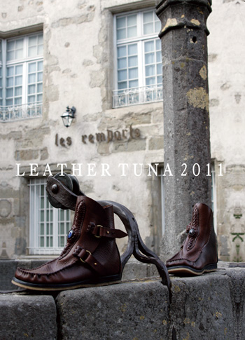 LEATHER-TUNA-2011-exhibitionDM.jpg