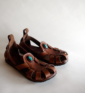 LEATHER-TUNA-2011sandal2.jpg