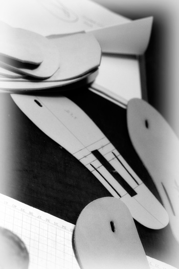 LEATHER-TUNA-2012-13-info4.jpg