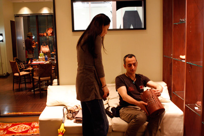 LEATHER-TUNA-展示会2011-4.jpg