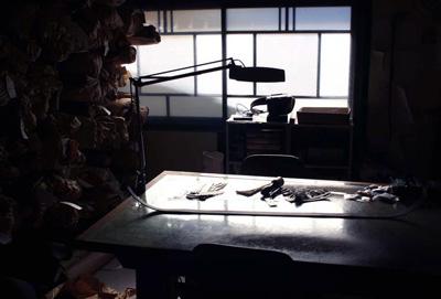 LEATHER-TUNA-atelier.jpg