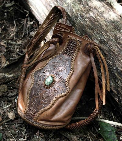 LEATHER-TUNA-backpack2.jpg
