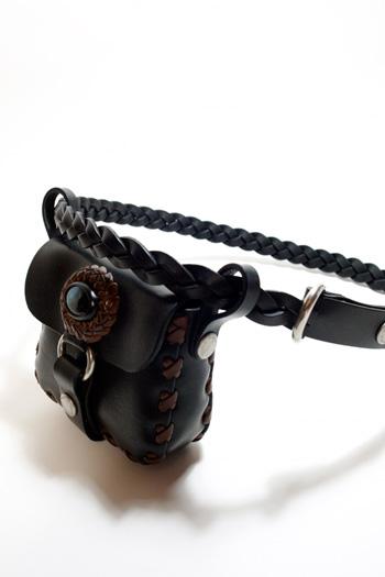 LEATHER-TUNA-koen-bag-black.jpg