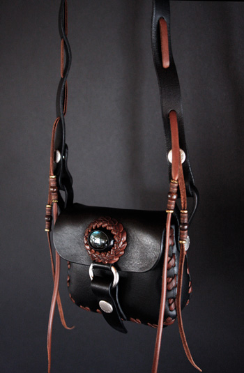 LEATHER-TUNA-koen-bag-black4.jpg