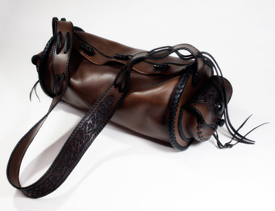 LEATHER-TUNA-roundbag-custom.jpg