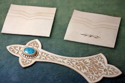 LEATHER-TUNA-wallet2011-2.jpg